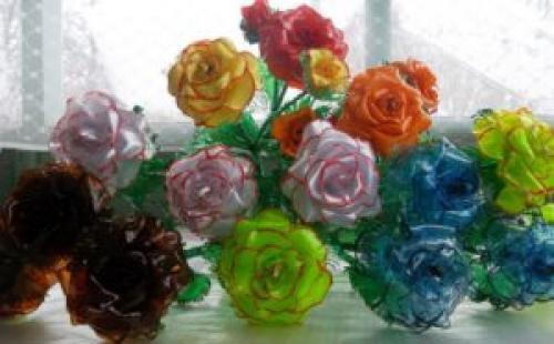 Как своими руками сделать цветы из пластиковых бутылок. Переходим к поделкам